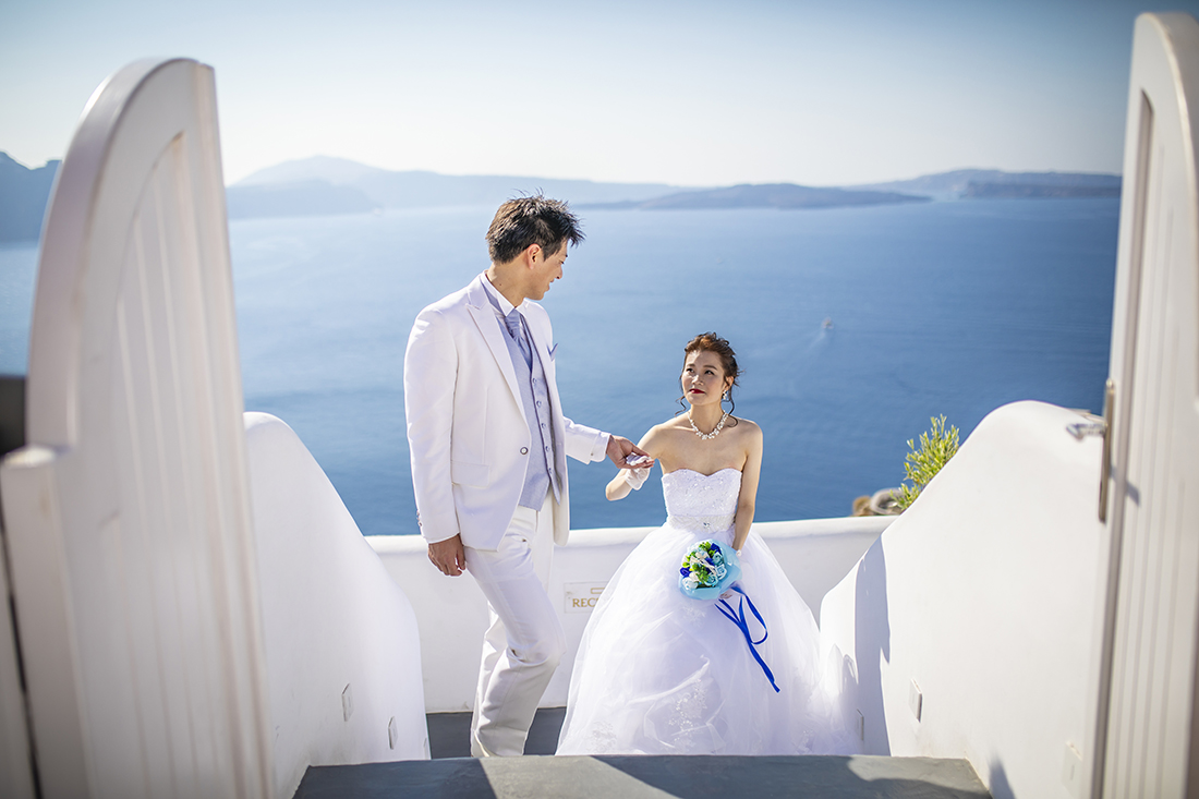 Santorini Chinese couple photography