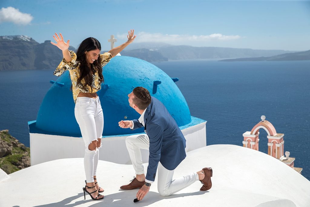 Santorini proposal photoshoot