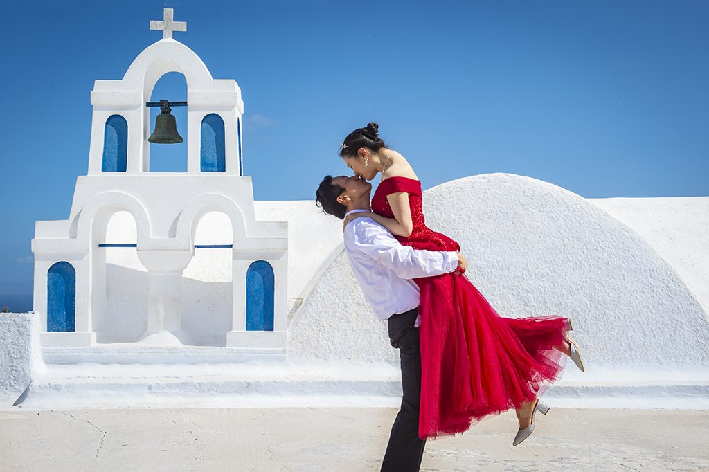 Santorini Asian couple photography cost