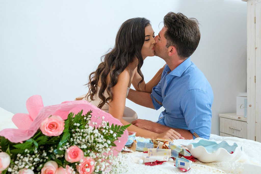 santorini pre wedding photochoot